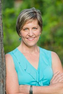 Linda Walker, coach en TDAH, offre des services et des programmes conçus spécifiquement pour les adultes atteints du déficit de l'attention (TDAH)